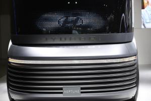 [ER포토] 이제는 수소시대, 현대차 수소트럭 '넵튠'