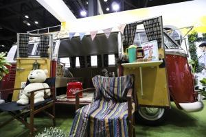 [Story 포토] 텐트치고 캠핑도 좋지만, '바퀴 달린 집' 차박이 대세!