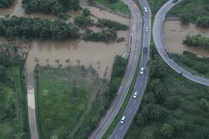 [Story 포토] 흙탕물로 변해버린 한강